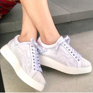 JEFFREY CAMPBELL white PLATFORM sneakers 10 flame